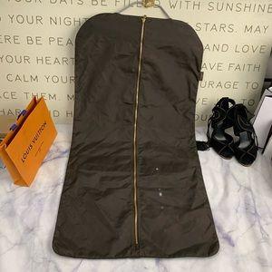 LOUIS VUITTON garment bag & hanger